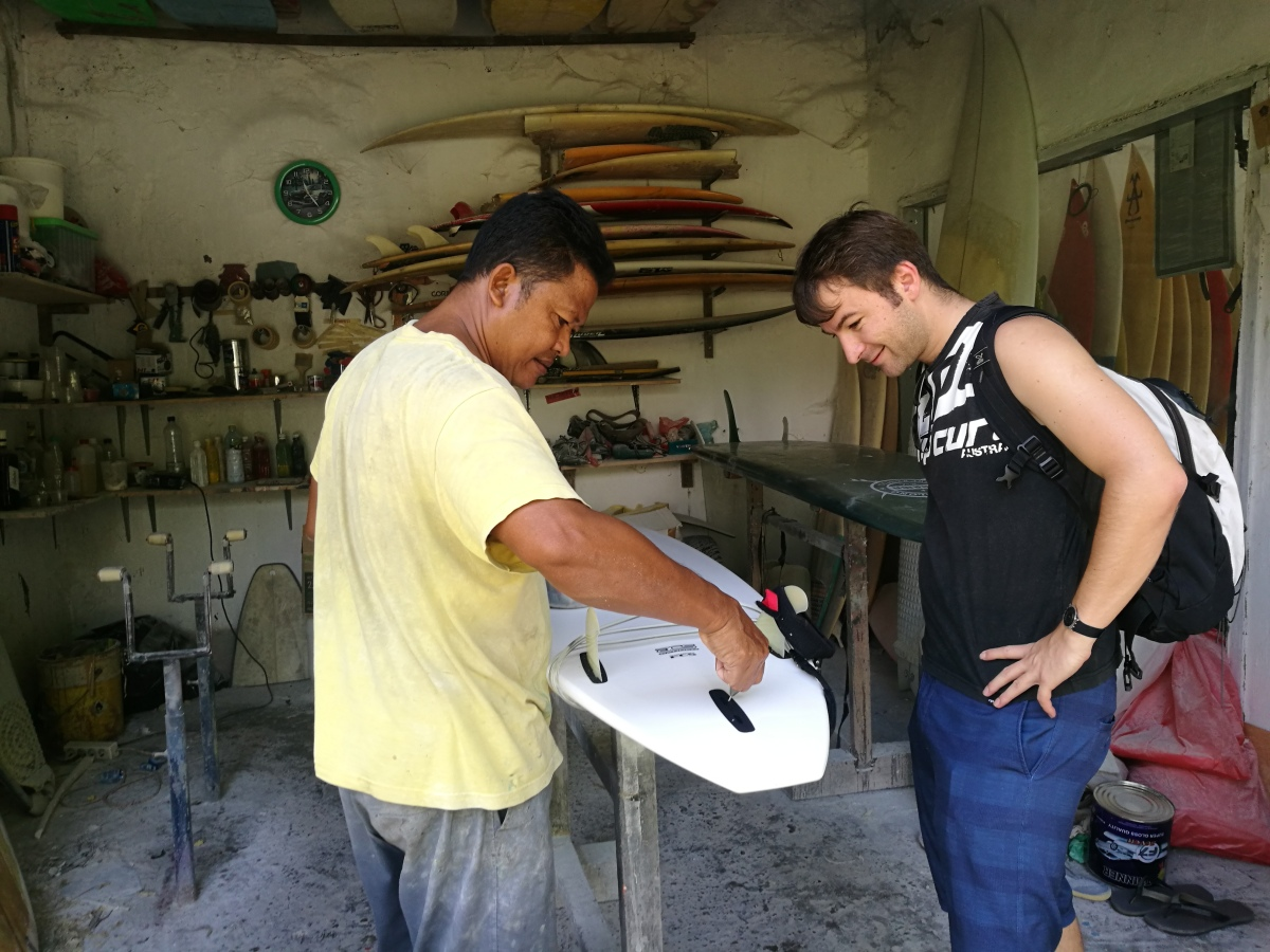 indonesia bali friend mischael surfboard repair