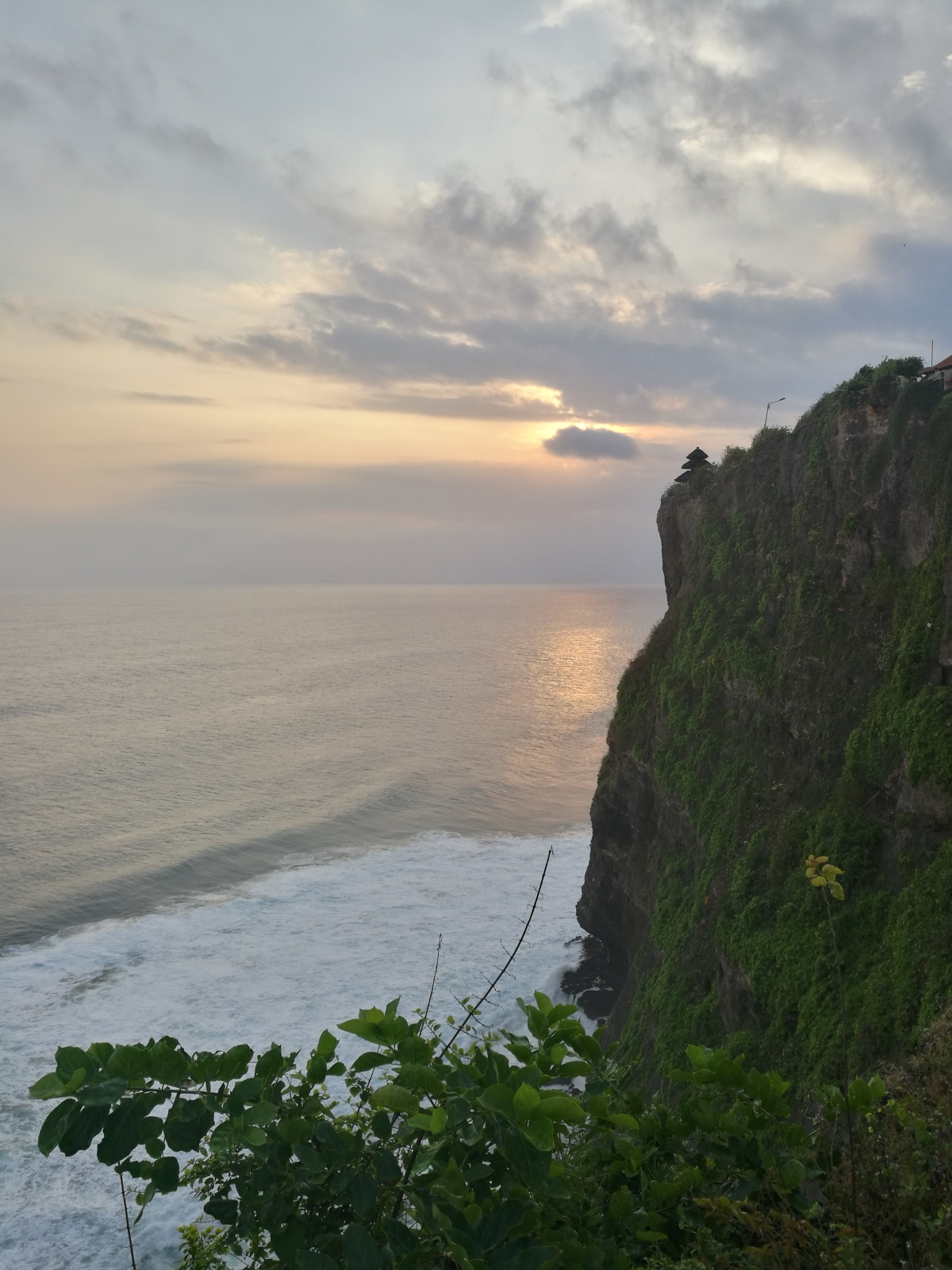 indonesia bali uluwatu sunset cliff water wave
